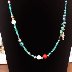 Handmade vibrant turquoise beaded necklace